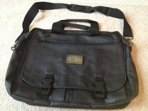 Accent International Briefcase 17in x 12in x 4in Black 80831 Leather Fabric in Chicago, Illinois